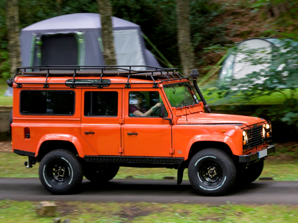 4x4 Roll Cages Roof Racks Ladders And Protection