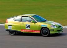 British-tuned hybrid car zooms into the Super 1000 Championship
