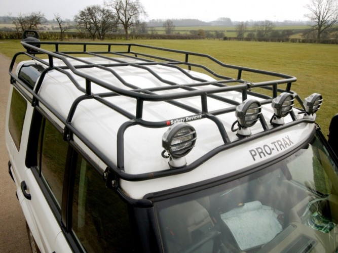 Safety Devices 187 Land Rover Discovery Roof Racks Back In