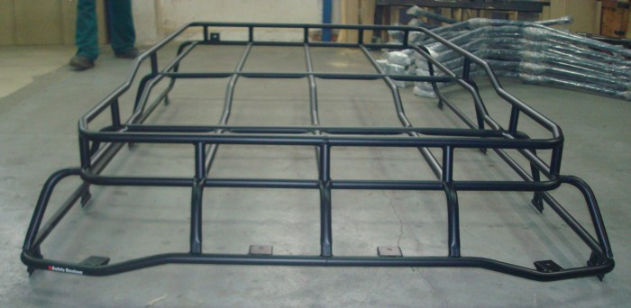 Safety Devices 187 Land Rover Discovery Highlander Roof