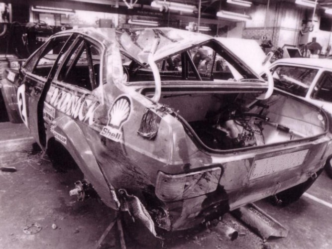 Land Rover Dealer >> Ford Escort Mk2 6 Point Bolt-in Roll Cage   Safety Devices ...