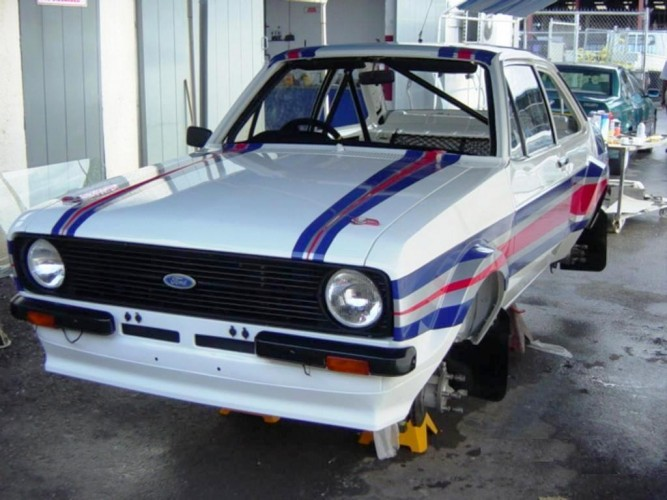 Ford Escort Mk2 Multi Point Bolt In Roll Cage Safety