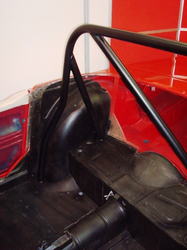 Triumph Tr6 4 Point Bolt In Roll Cage Safety Devices