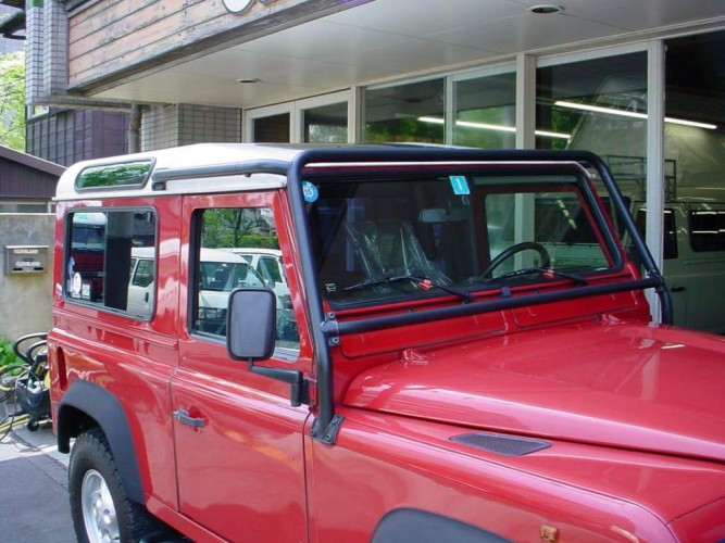 Land Rover Defender 110 Td5 Double Cab Pickup 4 Point Bolt