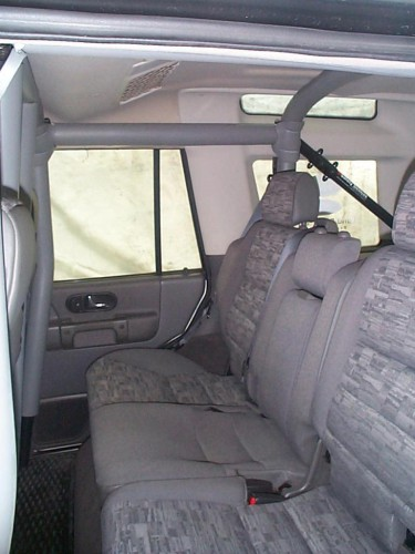 Land Rover Discovery 2 Multi Point Bolt In Roll Cage