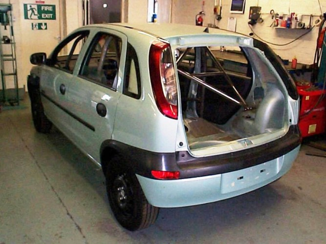 vauxhall opel corsa c hatchback 6 point bolt in roll cage. Black Bedroom Furniture Sets. Home Design Ideas
