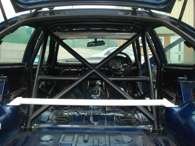Bmw 3 Series E36 Compact Multi Point Bolt In Roll Cage