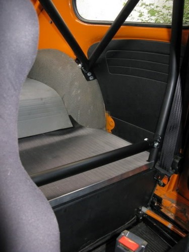 Volkswagen Original Beetle 6 Point Bolt In Roll Cage