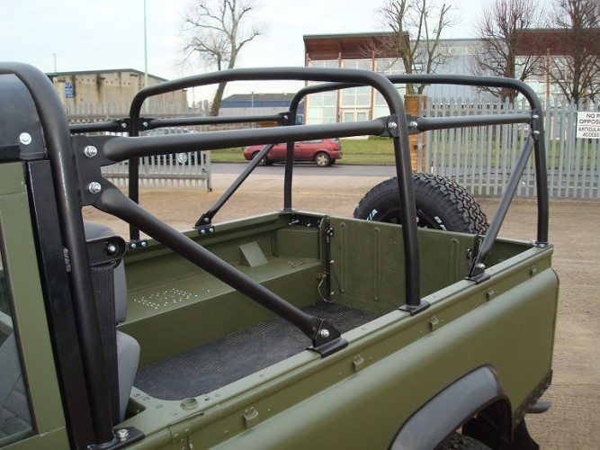 Land Rover Defender 110 Puma Soft Top Safety Devices