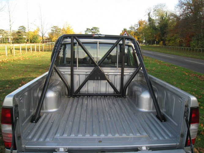 Nissan Navara D22 Double Cab Pick Up Multi Point Bolt In