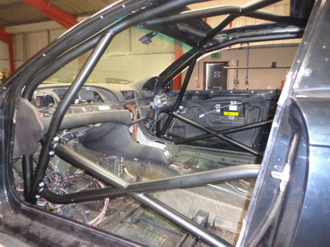 BMW 3 Series E46 Coupe 6 Point Bolt In Roll Cage Safety