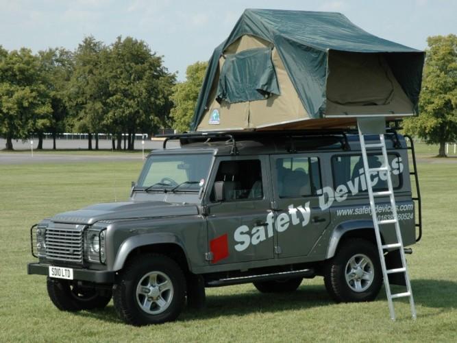 Land Rover Defender 110 Hard Top Roof Rack Gutter Mount