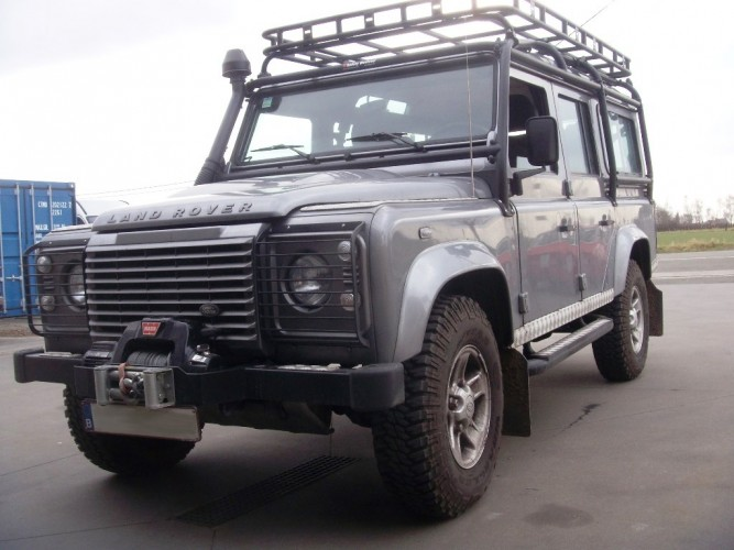 Land Rover Defender 110 Station Wagon Roof Rack Roll Cage