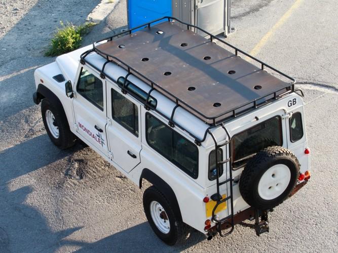 Land Rover Defender 110 Station Wagon Roof Rack Gutter