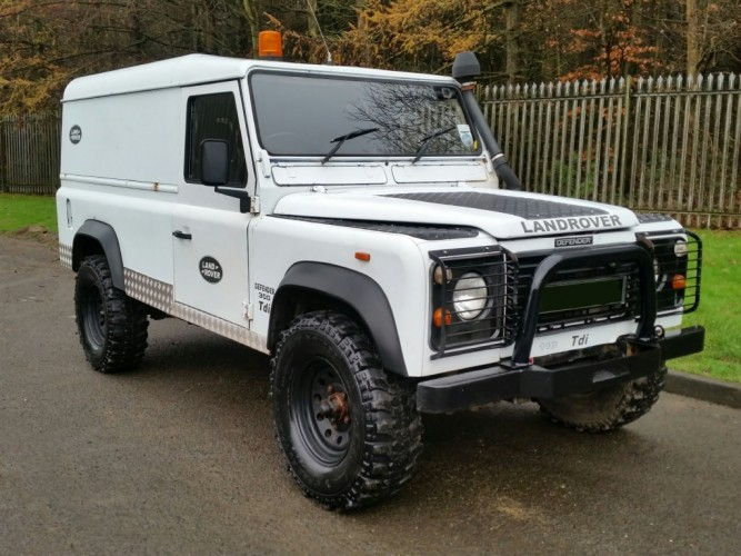 Land Rover Defender 110 300tdi Hard Top Style Bar Safety