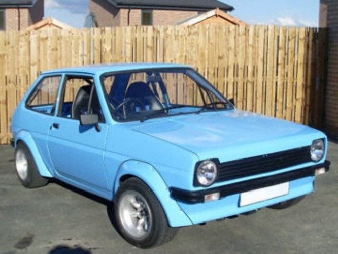 Ford Fiesta Mk1 6 Point Bolt In Roll Cage Safety Devices