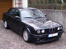 BMW 3 Series E30 Saloon 6 Point Bolt-in Roll Cage